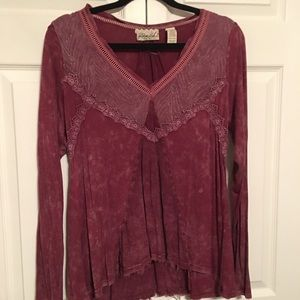 Burgundy hi-low tunic top by Buckle